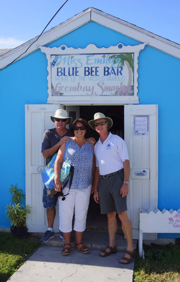 blue-bee-bar-sue